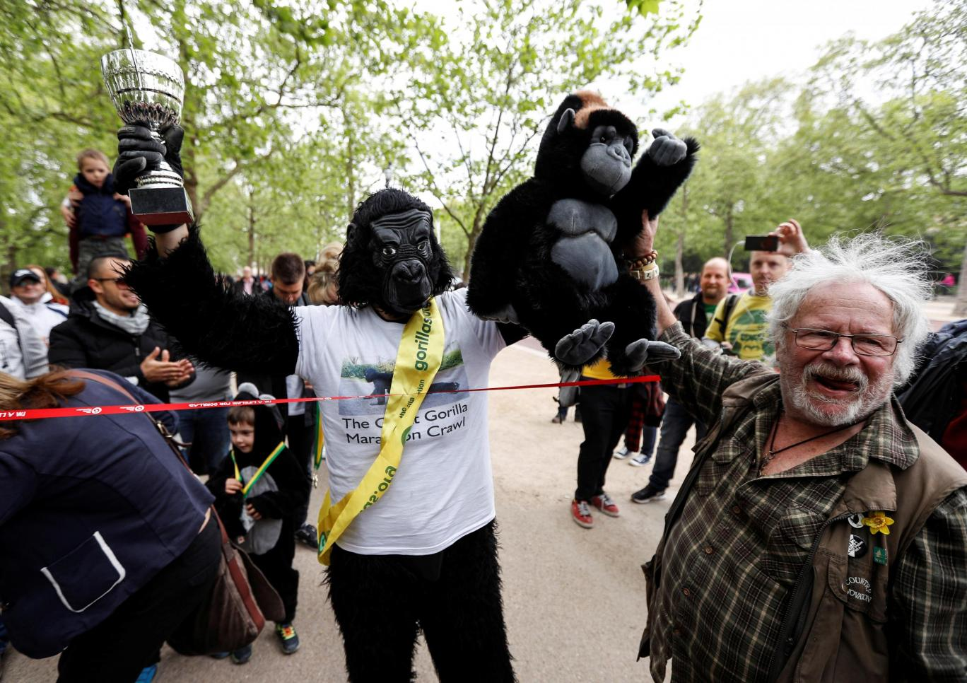 London Marathon in gorilla suit